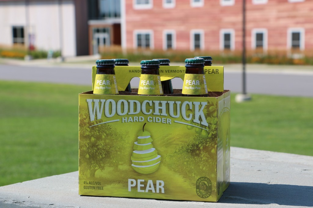 woodchuck_pear