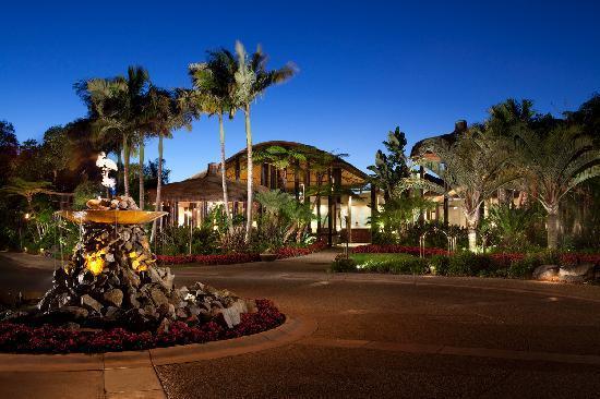 paradise-point-main-lobby